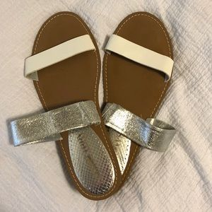 Two strapped white & silver sandal!